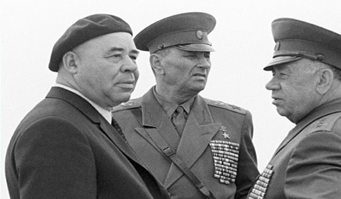 Shelest with Marshal Grechko and General Epishev at the military exercises in Ukraine