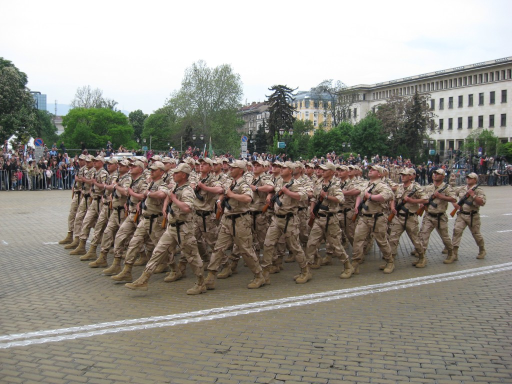 Морал и армия