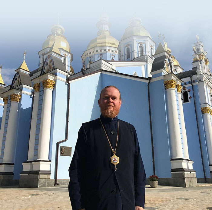 Курс на сблъсъка в Православието: интервю с един украински архиепископ