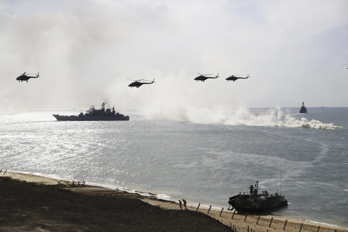 IS RUSSIA PREPARING FOR A NEW WAR?