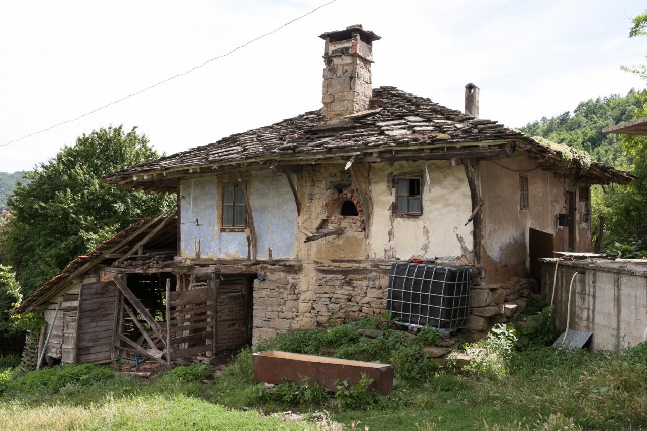 Села и градове призраци – българския самонаправен Чернобил