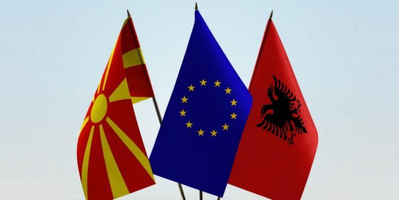 macedonia_albania_flags